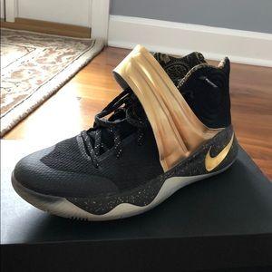 "Kyrie Erving ""drew league"" basketball shoes"